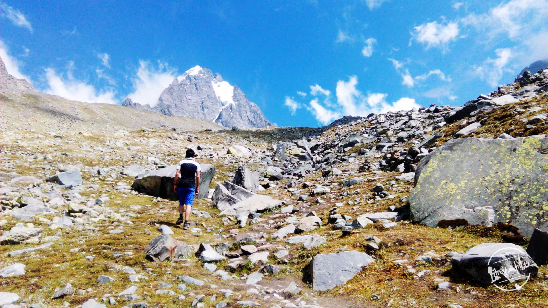 Trek to Manimahesh Lake
