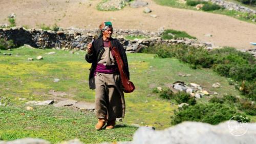 Local Villager At Sangla Kanda