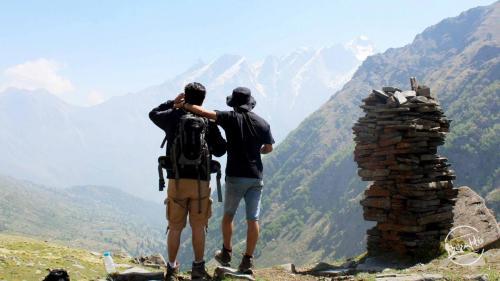 View of Kinner Kailash Range en-route Rupin Pass