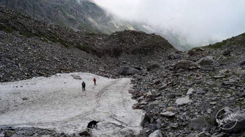 Chandernahan Lake Trek - Glacier on the way