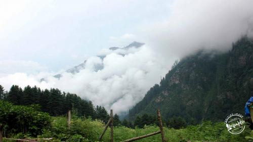 Kheerganga - Above th Clouds