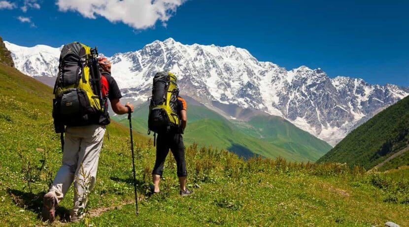trekking essentials for treks in Himachal