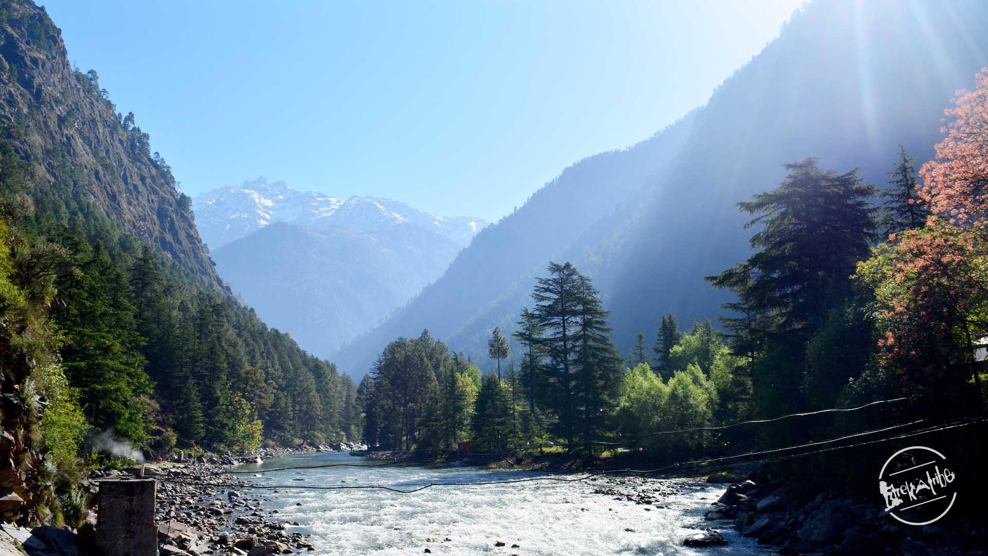 en-route Rasol Trek - Parvati river view from kasol - challal bridge