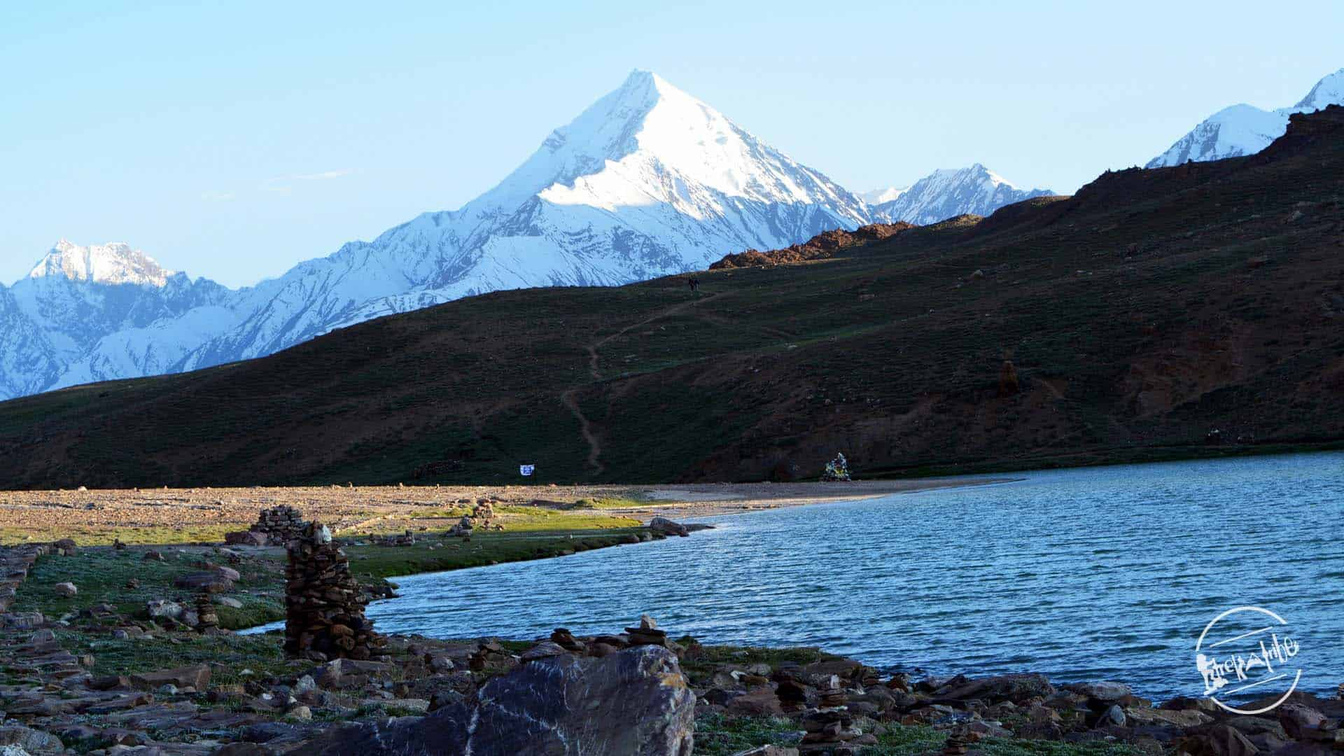 Trek to Chandratal Lake via Kunzum Pass