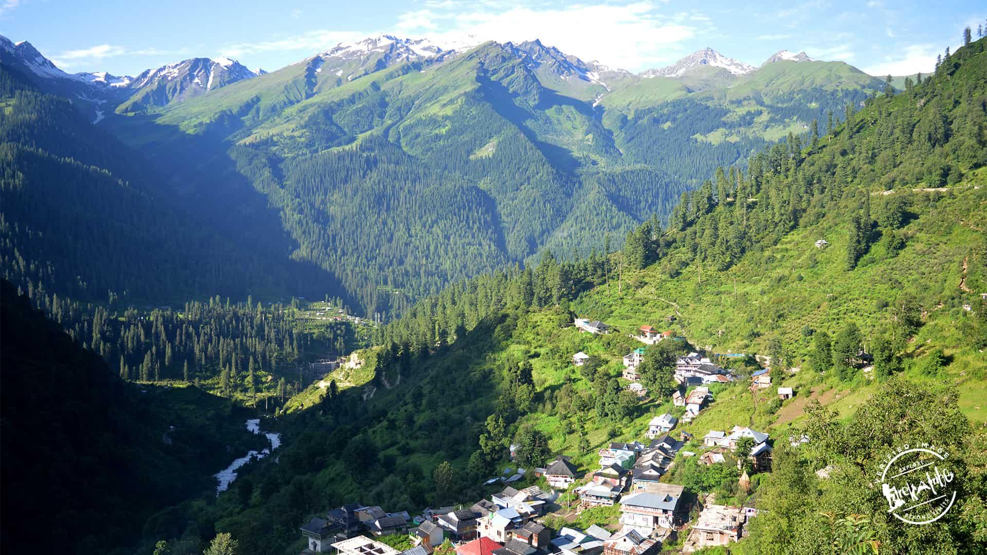 Parvatii valley wilderness - Tosh village
