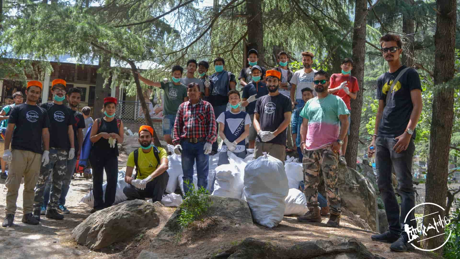 cleanliness drive organised in kasol, parvati valley by trekatribe 2018 (2)