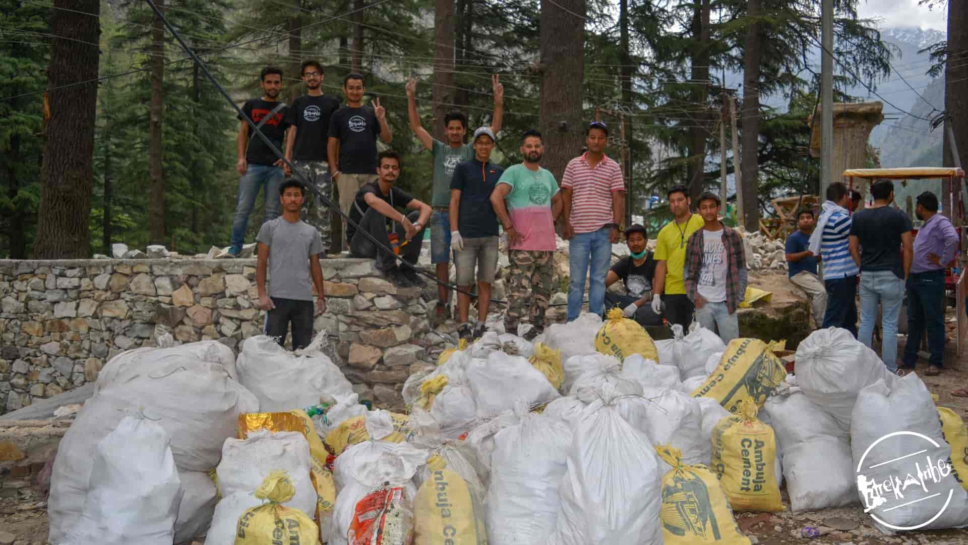 cleanliness drive organised in kasol, parvati valley by trekatribe 2018 (3)