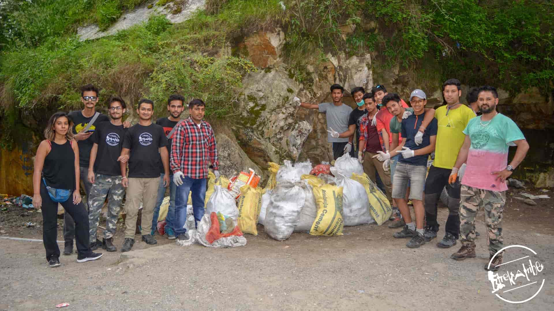 cleanliness drive organised in kasol, parvati valley by trekatribe 2018 (4)