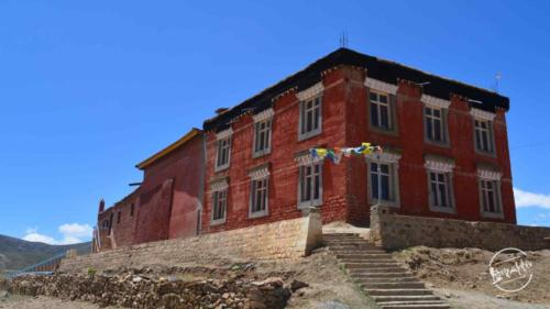 Tangyud Monastery komic village (2)