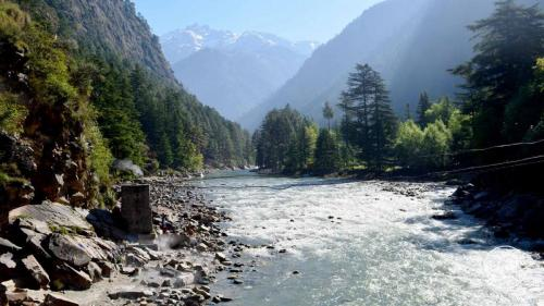 Parvati river as seen from Kasol- Challal bridge