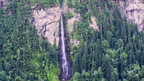Chandernahan Lake Trek - Waterfall