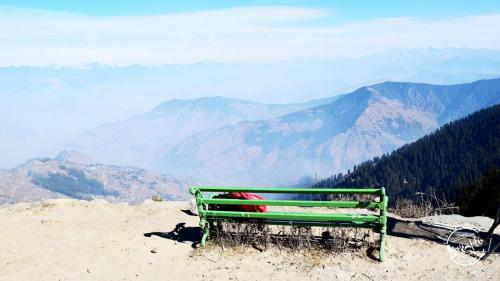 Hatu Peak - A perfect weekend getaways near Shimla