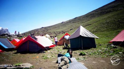Trekking To Chandratal via Hamta pass