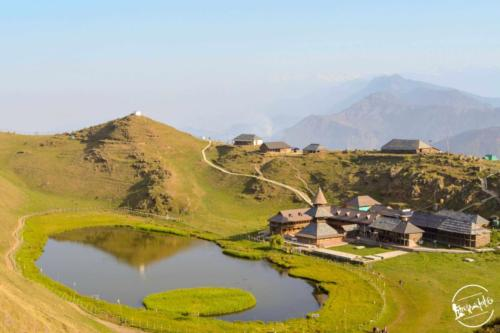 prashar lake trek  (2)